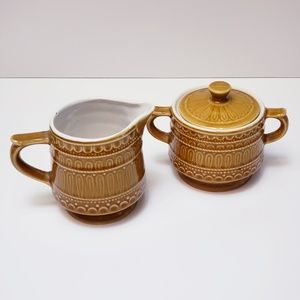 Vintage MOD cream and sugar set